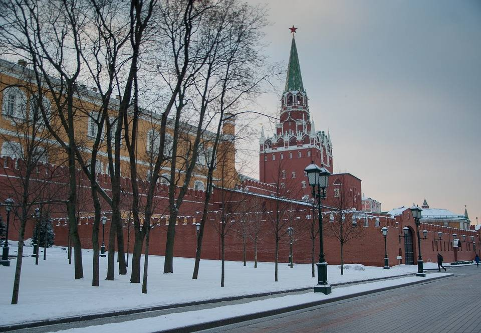 UPDM launched production of deicing materials for the Kremlin.